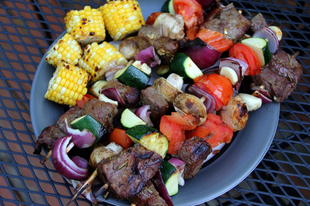 Garlic Beef and Vegetable Kabobs